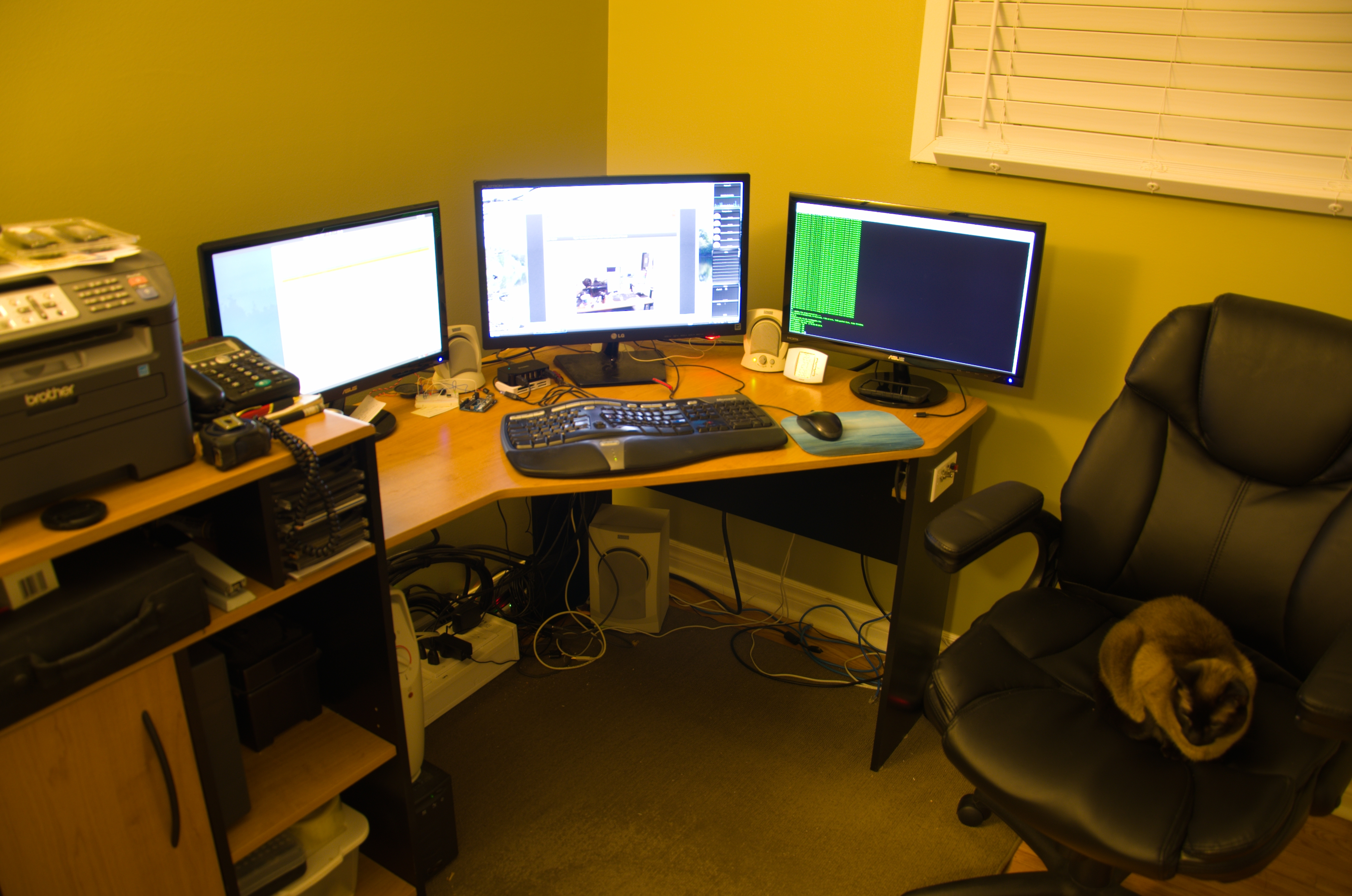 Whats Your Work Bench Lab Look Like Post Some Pictures Of Your Lab Page 42