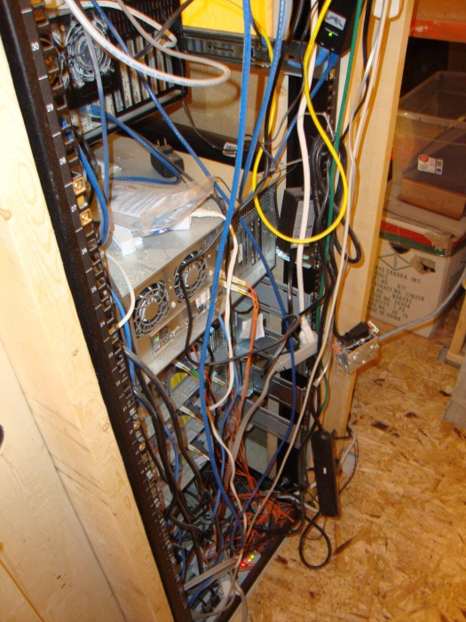 Fantastic Finished Wiring My Home Server Rack Pics Anandtech Forums Wiring Digital Resources Funapmognl